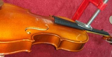 Склейка пятки грифа на скрипке